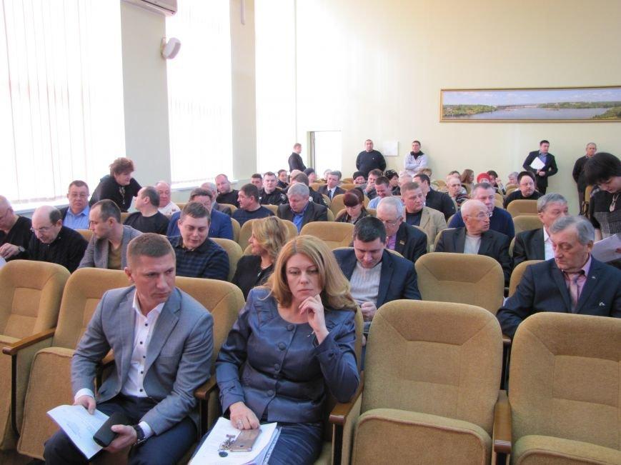 """Сессия горсовета: депутаты спорили из-за """"языка"""" и снова уволили заместителя мэра, фото-1"""