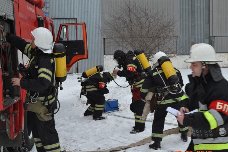 У Кам'янці рятувальники тренувались ліквідовувати надзвичайну подію на хімічно-небепечному підприємстві, фото-4