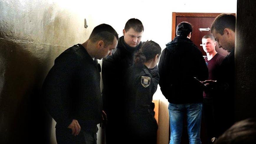 В Мариуполе патрульные не могут привлечь водителя-адвоката к ответственности (ФОТО), фото-5