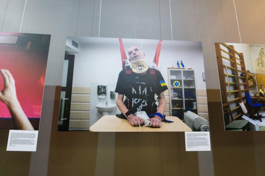 Фотовыставка «Раны» открылась сегодня в каменском музее истории, фото-4
