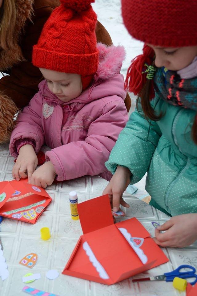 Как в зимнем парке горожане бумажные шедевры мастерили, фото-5