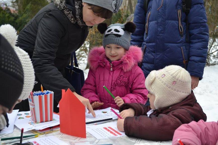 Как в зимнем парке горожане бумажные шедевры мастерили, фото-10
