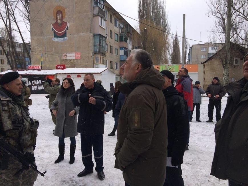 Малгожата Госевская  собрала  в Авдеевке доказательства для международного требунала(ФОТО), фото-3