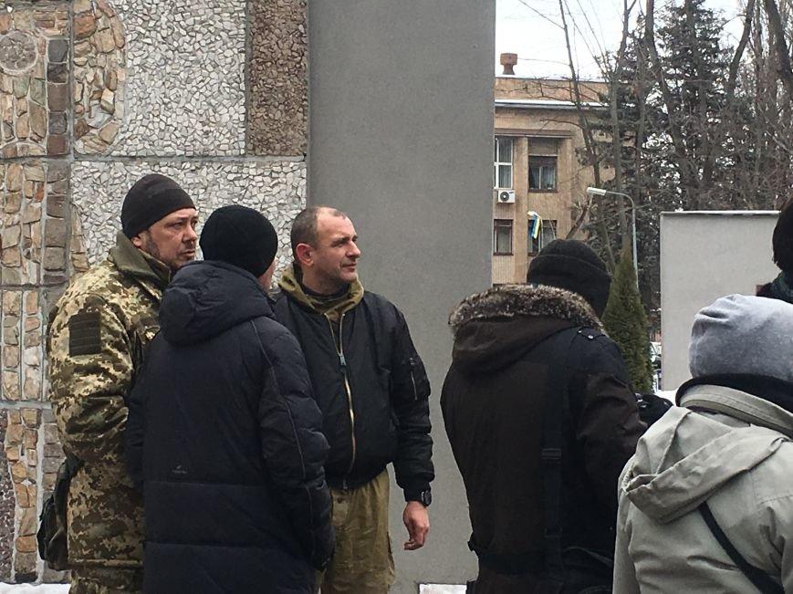 Военный капеллан - патриотам Кривого Рога: Хватит флагами махать и селфи для Киева делать! (ФОТО), фото-5