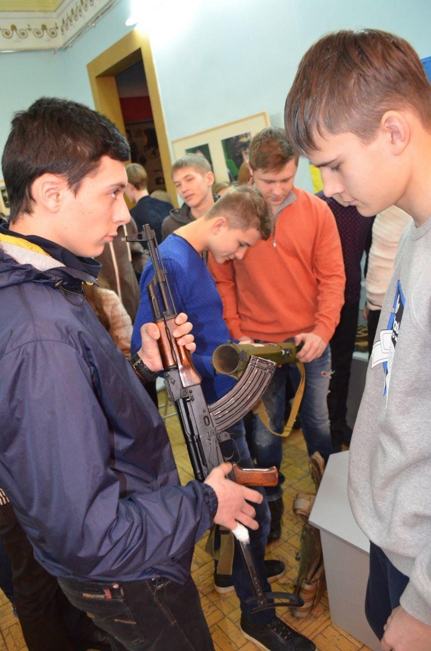 Мелитопольским гимназистам рассказали о жестоких боях за Дебальцево, фото-5