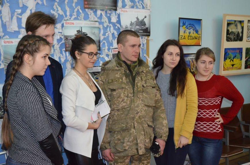 Мелитопольским гимназистам рассказали о жестоких боях за Дебальцево, фото-4