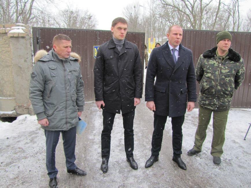Мэр остался недоволен качеством шефской помощи военным (фото), фото-4