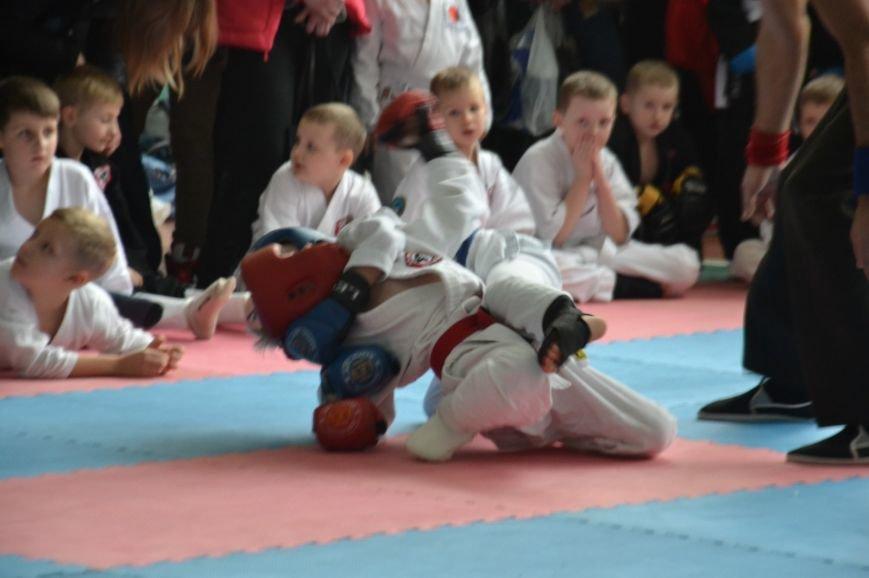 Сто сорок юных спортсменов померялись силами на турнире по джиу-джитсу (ФОТО), фото-7