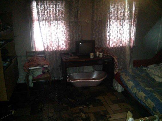 В Бахмуте заживо истлел человек и чуть не погиб семимесячный ребенок, фото-1