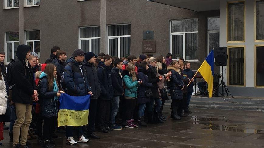 В Кривом Роге студенты и педагоги почтили память Героев Небесной Сотни (ФОТО), фото-25