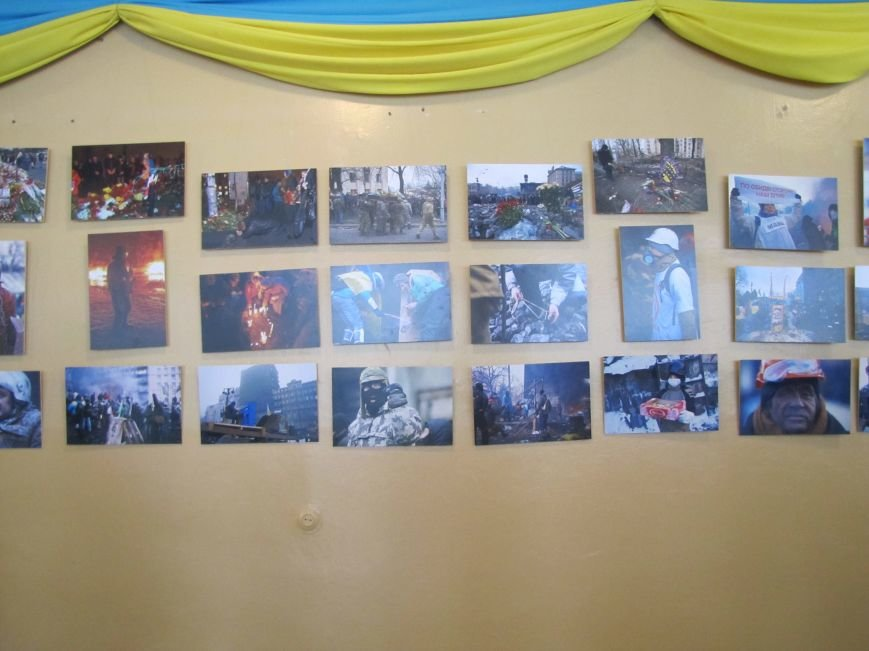 Кровоточащую рану современной Украины показали на фотоснимках, фото-4