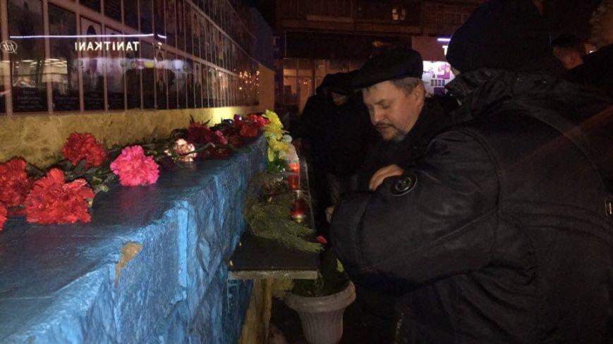 От Евромайдана до Революции достоинства, - криворожане вспомнили историчесике дни и почтили память Героев (ФОТО), фото-5