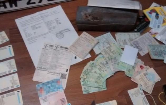 Разоблачена масштабная схема легализации автомобилей в Украине, фото-2