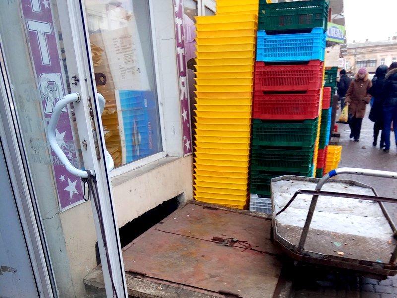"""Что мы едим: Особенности доставки мяса на одесском """"Привозе"""" (ФОТО), фото-1"""