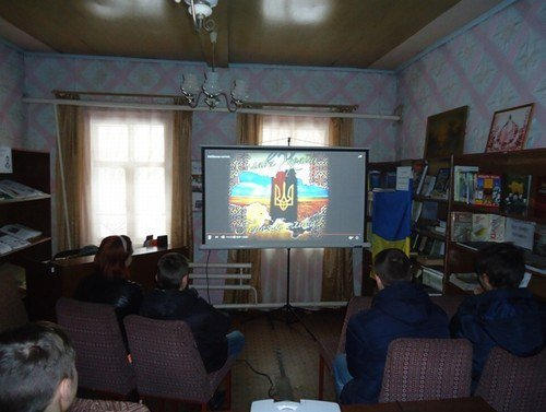 В Авдеевке  вспоминали  Героев Небесной Сотни (ФОТО), фото-1