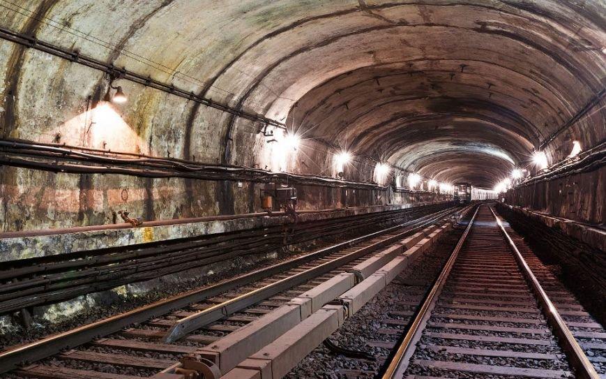метро пустое222