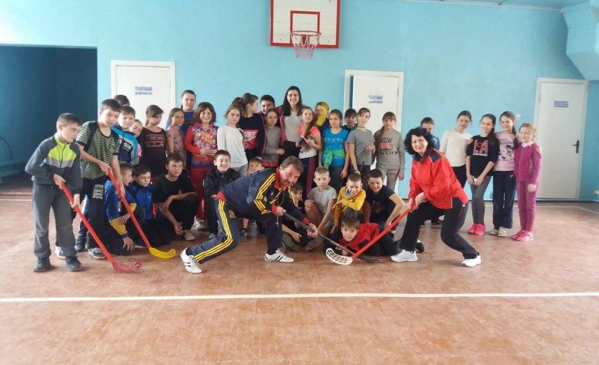 В Мелитополе школьники-флорболисты борются за поездку в Эстонию, фото-1