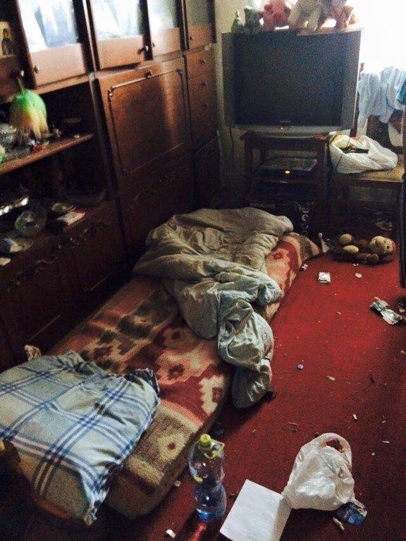 В Киеве мальчика-сироту держали в комнате-свалке (ФОТО), фото-1
