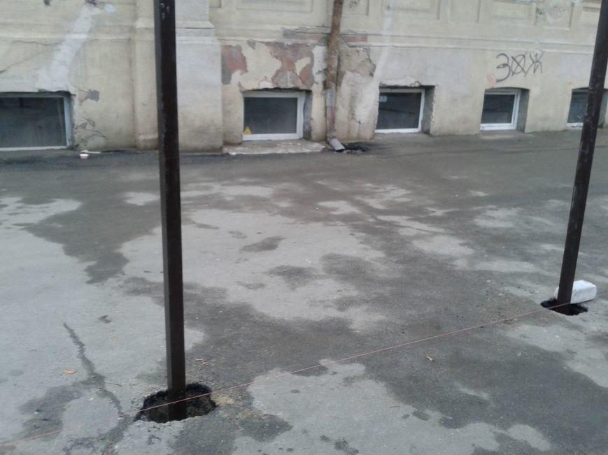 На Дворянской одесские строители уничтожают старинное здание (ФОТО), фото-4