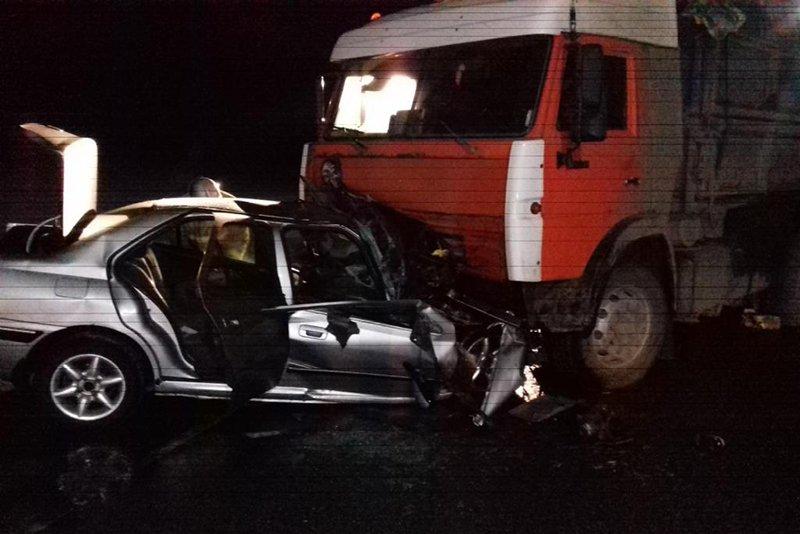 Двое белгородцев погибли в столкновении легковушки с КамАЗом, фото-1
