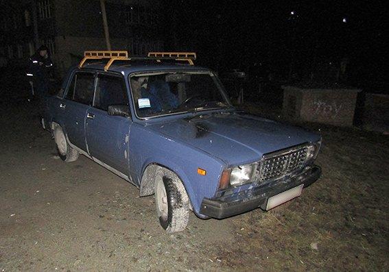 У Кам'янці розшукують хулігана, який упродовж минулої ночі пошкодив 6 автомобілів шляхом підпалу, фото-1
