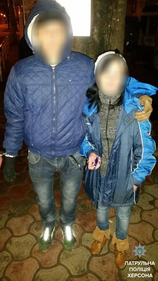 Херсонские патрульные задержали мужчину и женщину, которые за ночь совершили 4 кражи (фото), фото-1