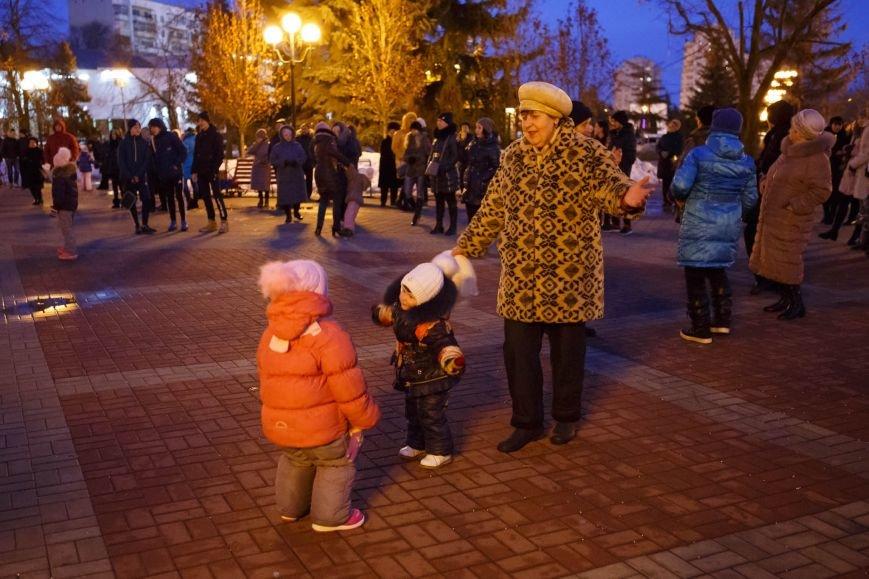 День защитника Отечества завершился фейерверком в парке Победы, фото-1