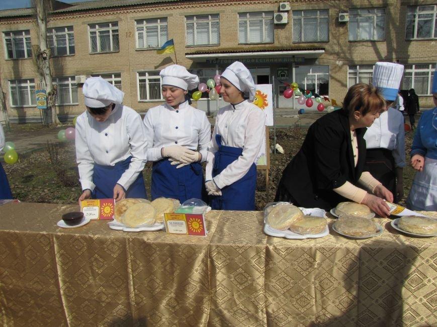 Как студенты горожан блинами накормили, фото-1