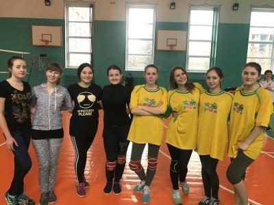 Першість університету з паркового волейболу серед збірних жіночих команд факультетів, фото-1