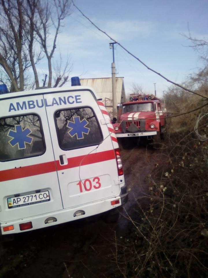 В Запорожской области машина скорой помощи увязла в грязи, фото-1