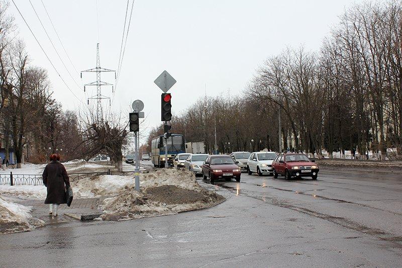 «Ну, там же зелёный!». Полицейские учат белгородцев переходить дорогу по-новому, фото-6