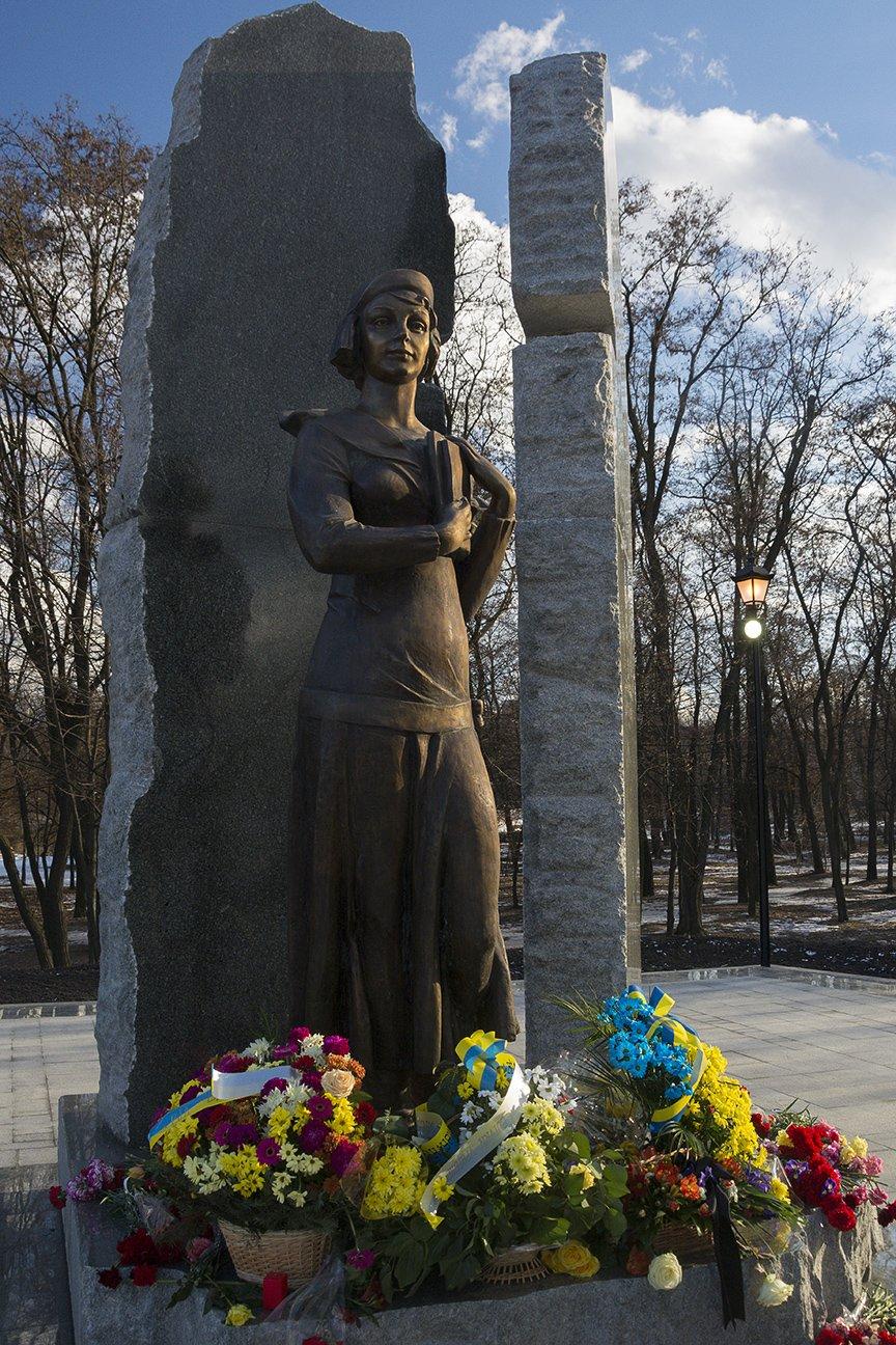 В Киеве открыли памятник Телиге (ФОТО), фото-5