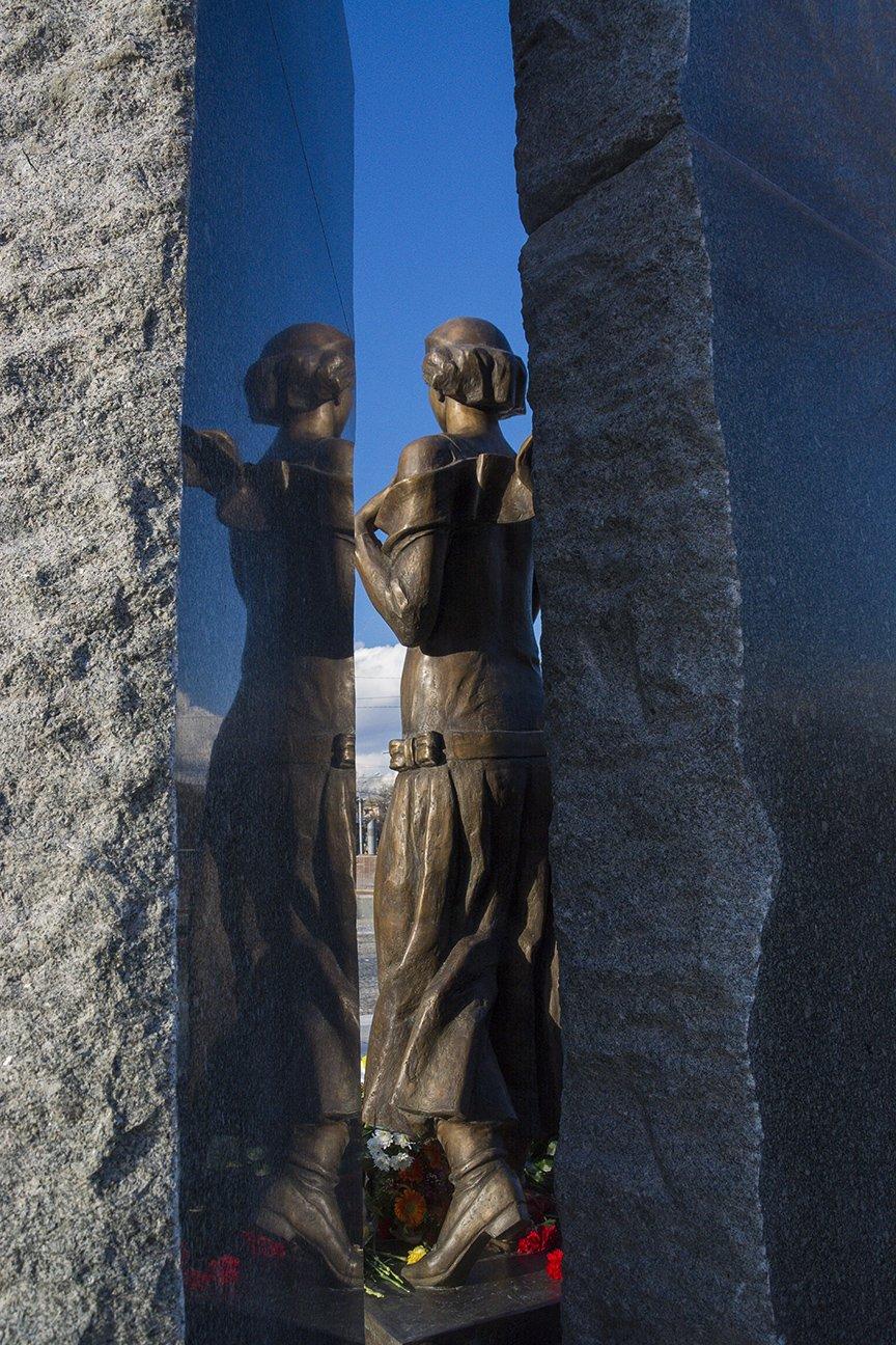 В Киеве открыли памятник Телиге (ФОТО), фото-8