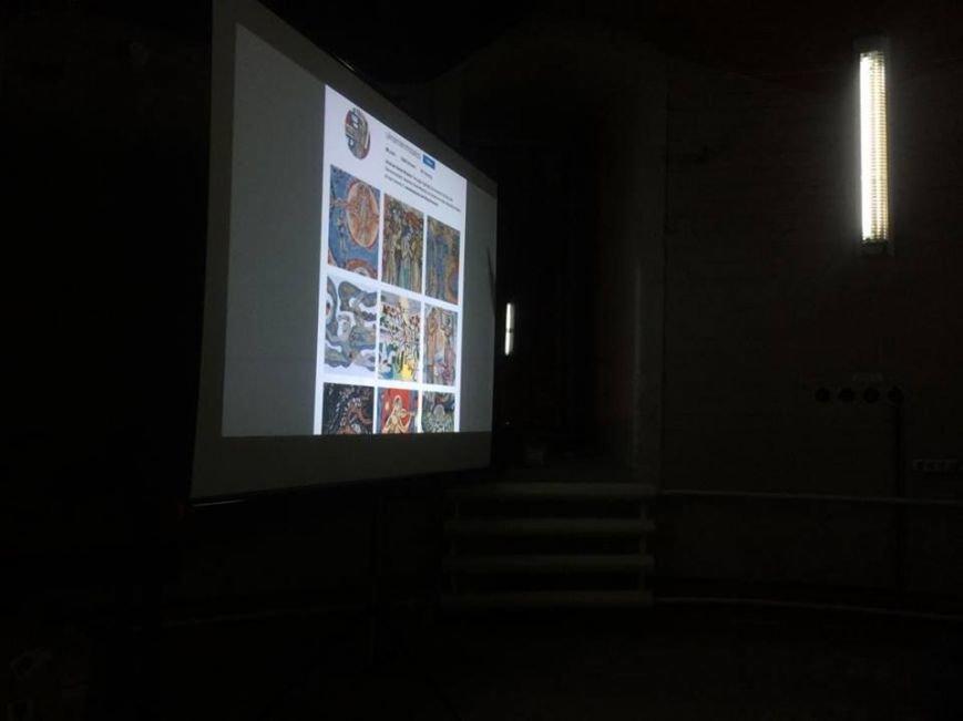 Мариупольцы решали, нужно ли декоммунизировать  мозаики советского периода  (ФОТО), фото-3