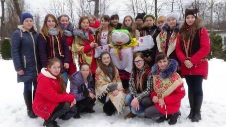 Як святкували масляну у Новоград-Волинському медичному коледжі (ФОТО), фото-1