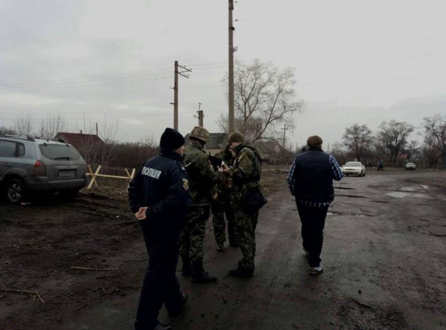 """""""Титушки"""" и """"бабусi"""" напали на участников железнодорожной блокады (ФОТО), фото-3"""