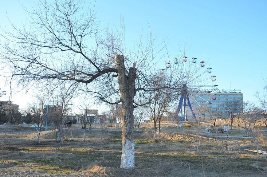 Актау нужен парк или ПАРКовка? Фоторепортаж, фото-2