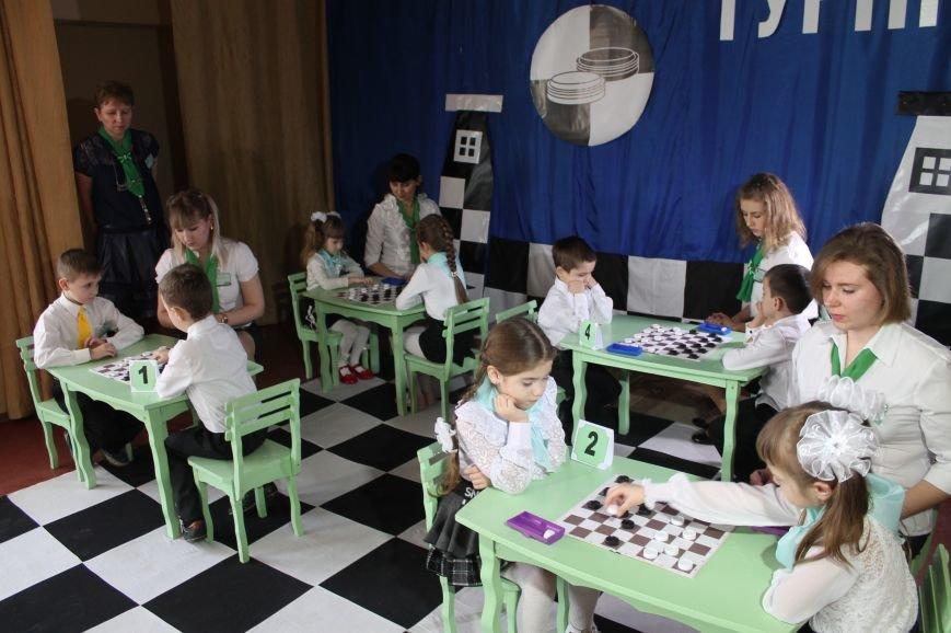 Чемпион шашечного турнира сразился за победу с Дмитрием Ревой, фото-3