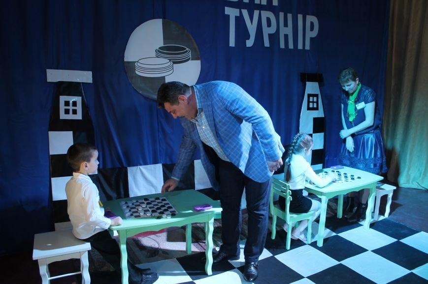 Чемпион шашечного турнира сразился за победу с Дмитрием Ревой, фото-8