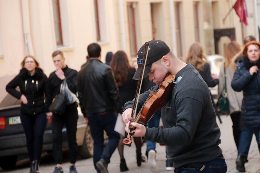 Як виглядав Львів в останній день зими: фоторепортаж, фото-12
