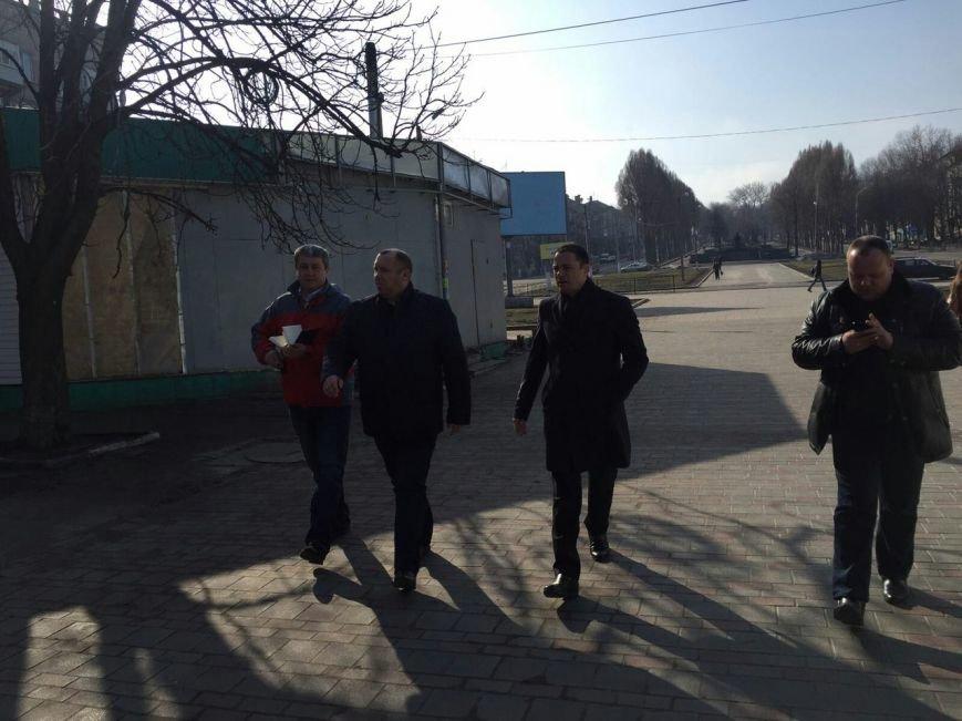 Мэр Каменского проверил состояние городских скверов и парковых зон, фото-2