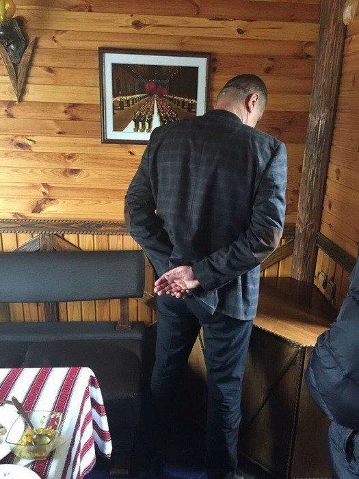 У Хмельницькому на хабарі затримано посадовця аудиторської служби(відео), фото-1