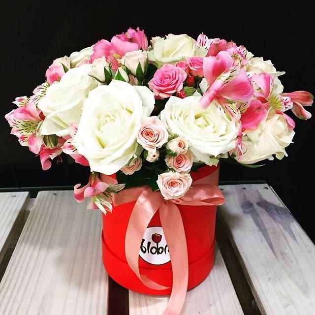 Удивить цветами на 8 Марта можно. Необычные букеты от цветочной лавки Bloom, фото-1