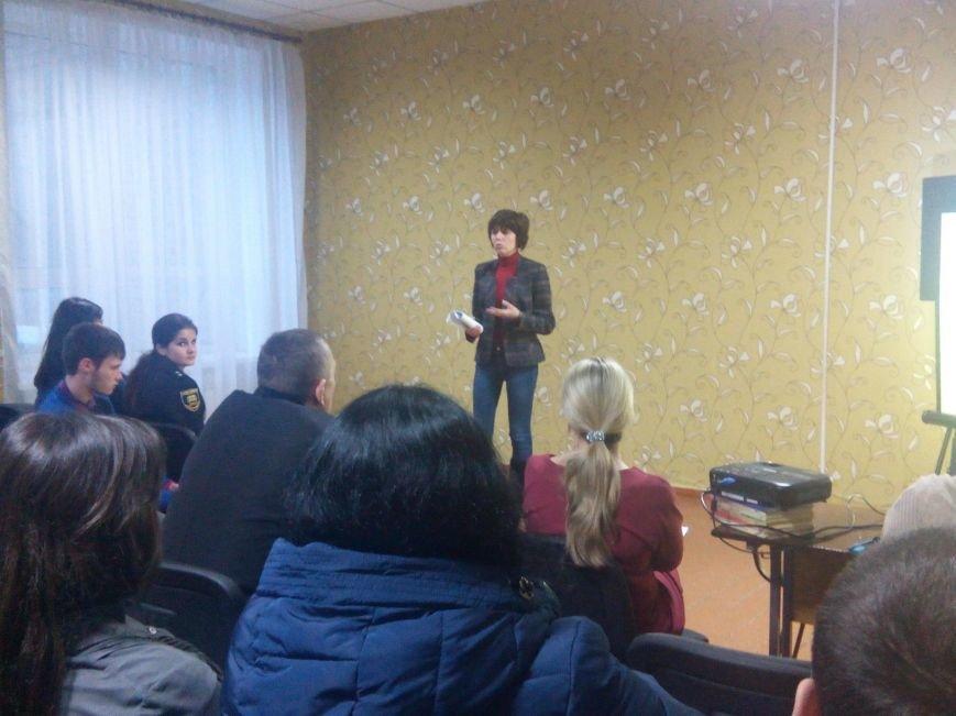 В покровской ОШ №15 состоялось общешкольное родительское собрание - говорили о предупреждении суицида, фото-3