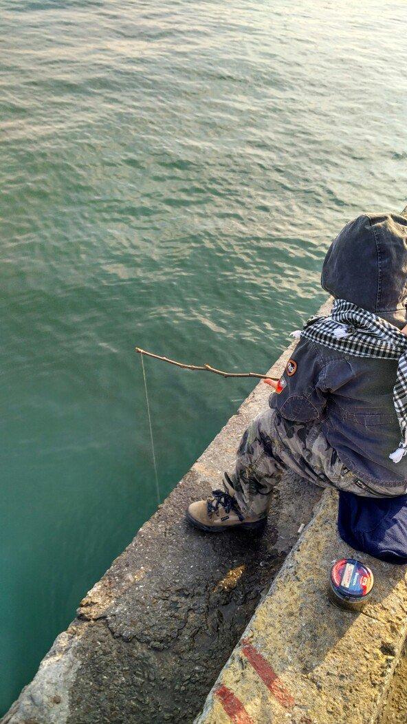 ФОТО: на набережной в Ялте отменен запрет на рыбалку, фото-2