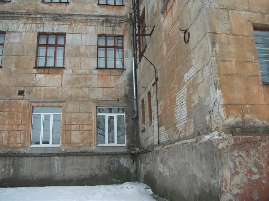 Нескольким школам Каменского нужен серьезный ремонт, фото-1