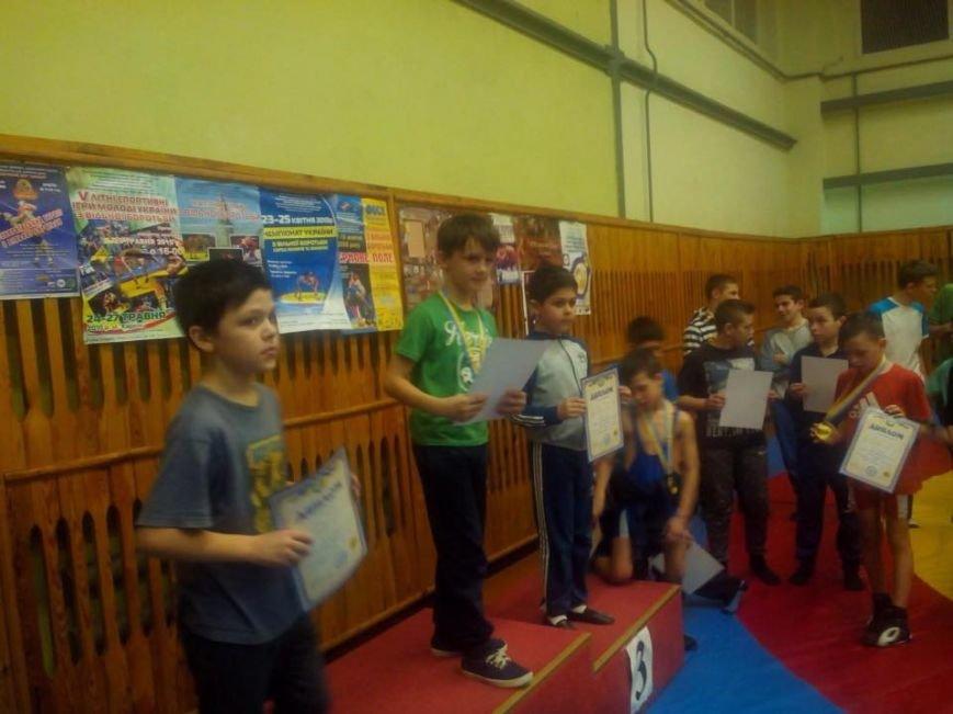 У Новоград-Волинській ЗОШ № 10 відбувся юнацький турнір з вільної боротьби, фото-2