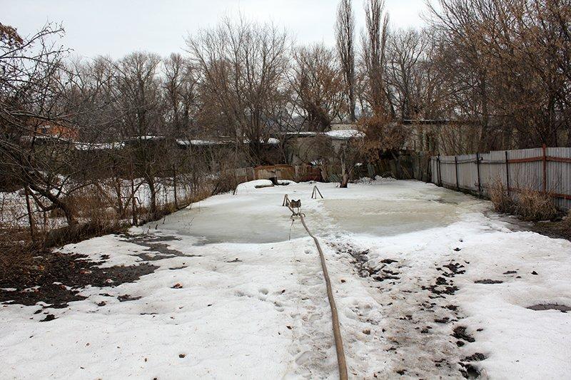Вода под «Парижем». Жители улицы Пугачёва в Белгороде второй год воюют с грунтовыми водами, фото-1