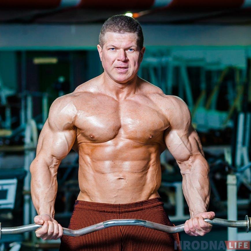 bodybuilder-45-oleg-ryishkevich-005