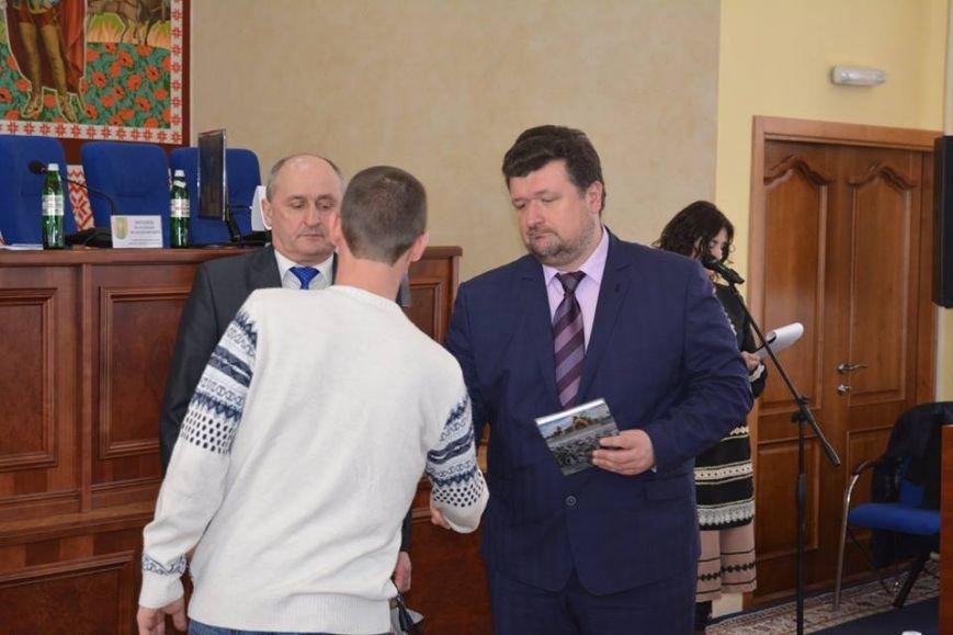 У Новограді-Волинському презентували книгу пам'яті про загиблих бійців АТО, фото-2